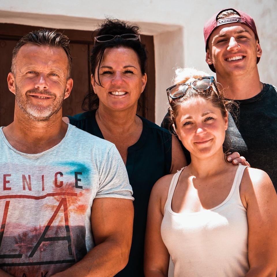 Famillie Rutten - Het Spaanse Dorp (RTL4)